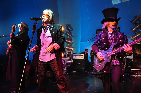 2011-02-28-Liquid-Blue-Band-in-Las-Vegas-NV-at-MEET-Events-Center-063 - Scott Stephens